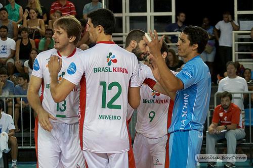 _Após set equilibrado, Campinas vence o 2º set e empata a partida. Foto: Lucilia Bortone