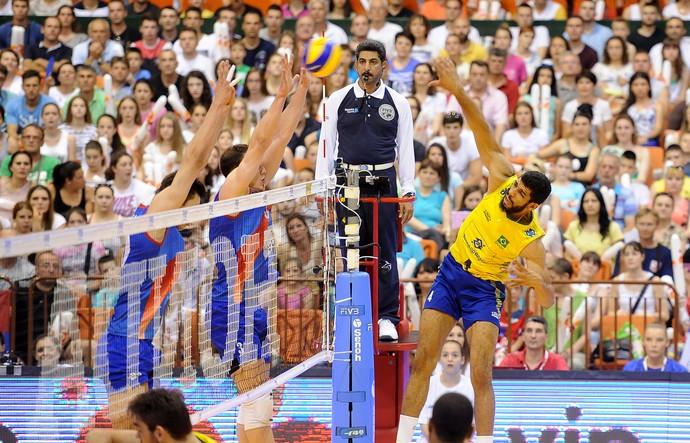 _ Brasil se recuperou da derrota sofrida na sexta-feira. (Foto: Federação Internacional de Vôlei)