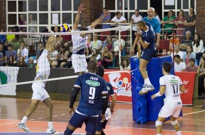 Sada/Cruzeiro defende o título no masculino (Foto: Lucilia Bortone/Sacandoovolei)