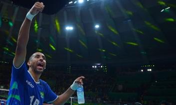 BrazilianSrgioDutracelebratestheirclassificationtothefinals
